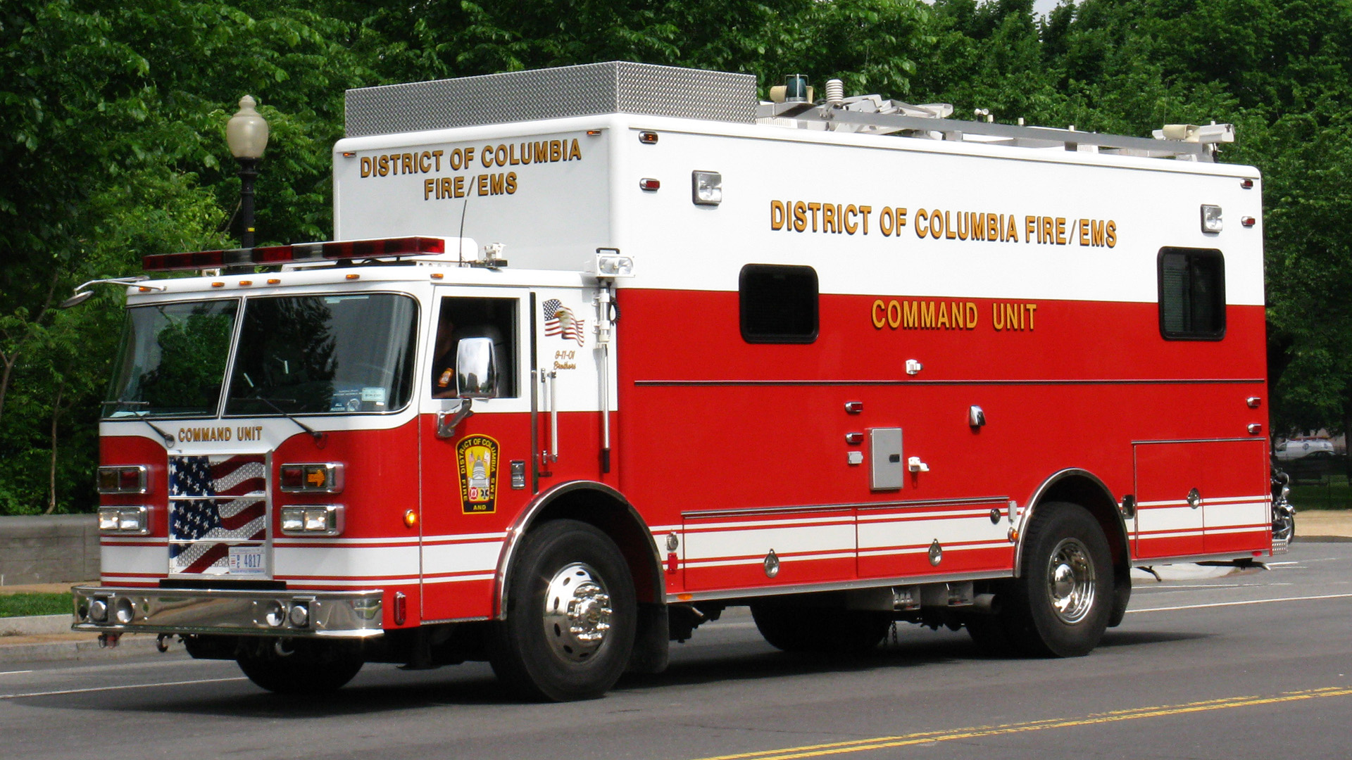 Dc Dictrict Of Columbia Fire Department Command Car