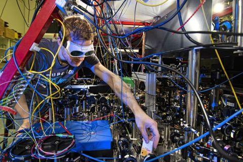 [L'instant tech] Pour la première fois, un calcul quantique est opéré par deux qubits ... à distance
