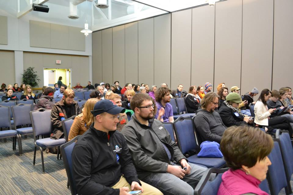 Students, faculty and community members await the Faculty Senate's decision regarding HJR-6 in Carter Hall Friday.