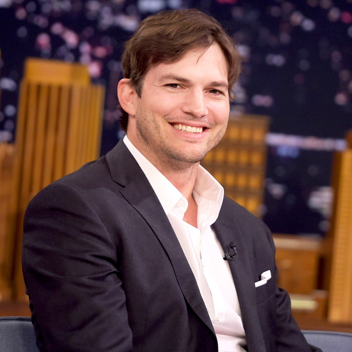"Ashton Kutcher visits ""The Tonight Show Starring Jimmy Fallon"" at Rockefeller Center on October 5, 2016 in New York City."