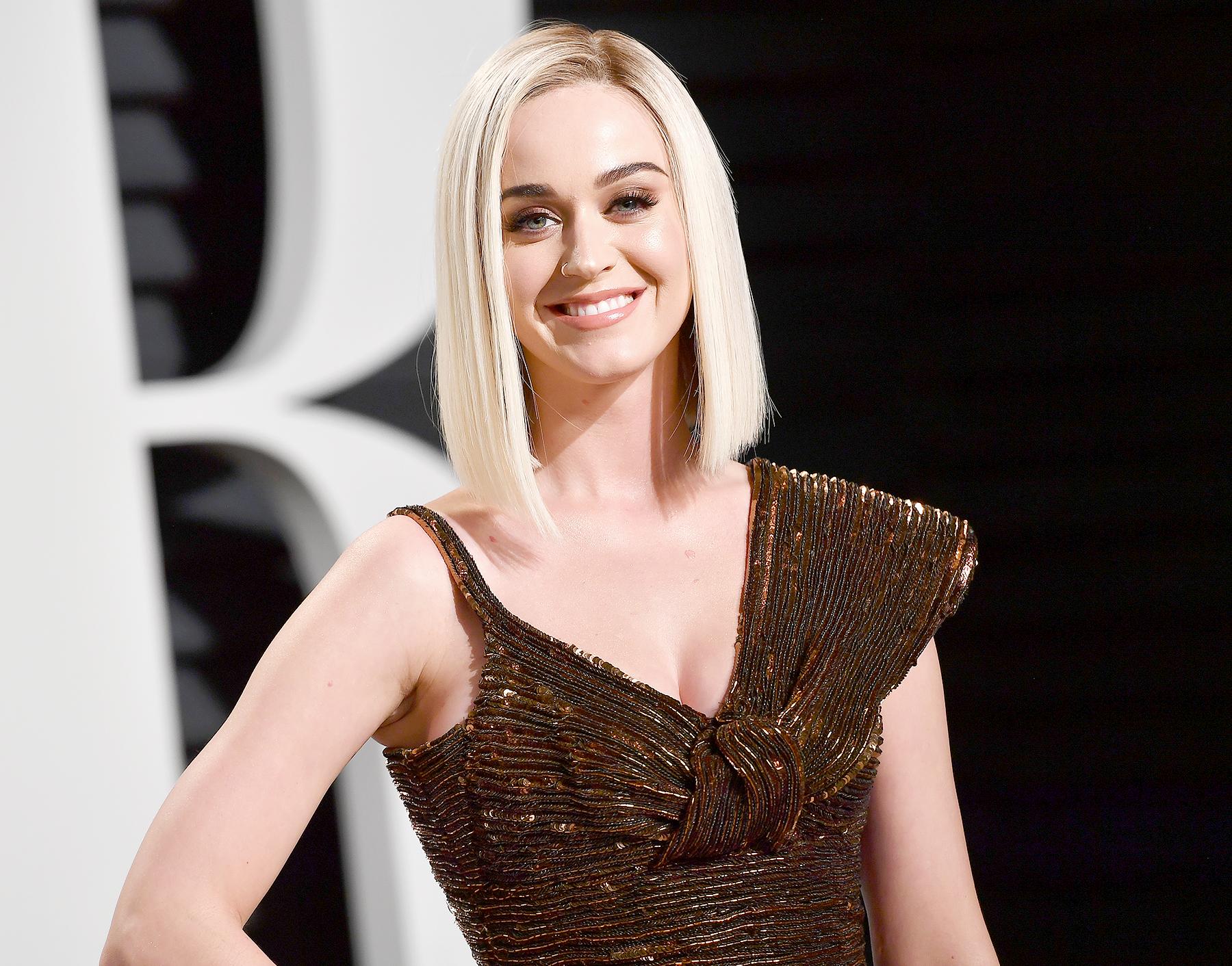 Katy Perry social media