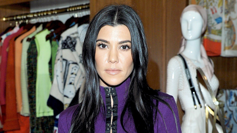 Kourtney-Kardashian-pregnant