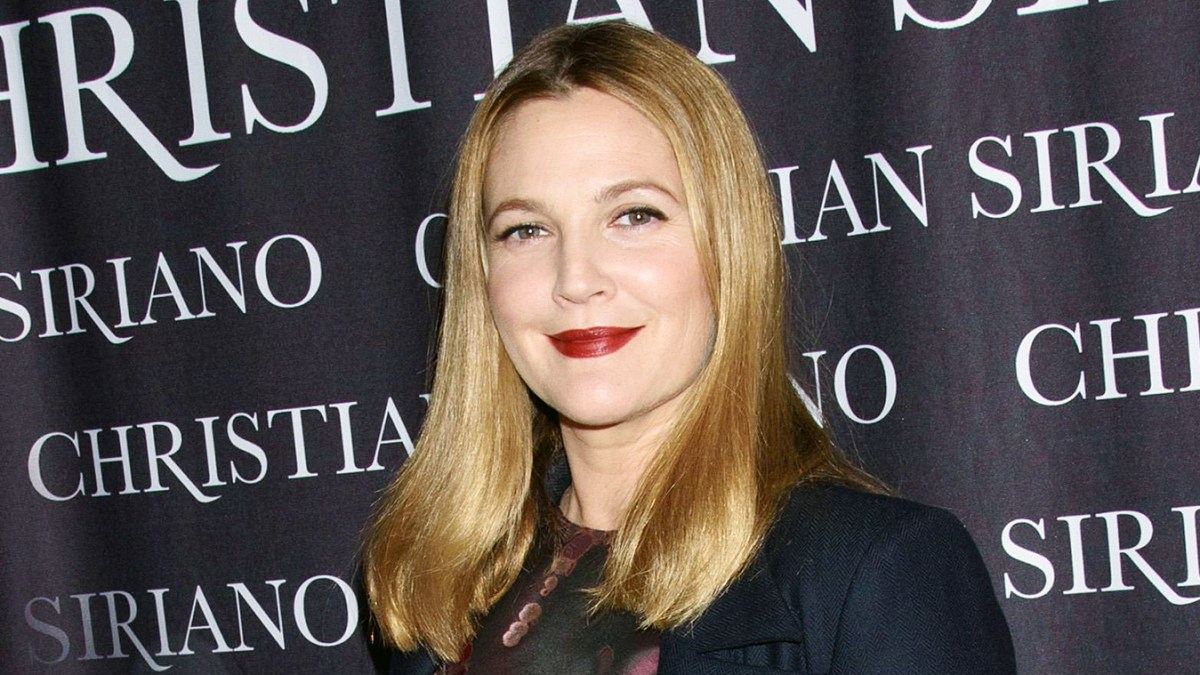 Drew barrymore gets trolled for starfish picture izmirmasajfo