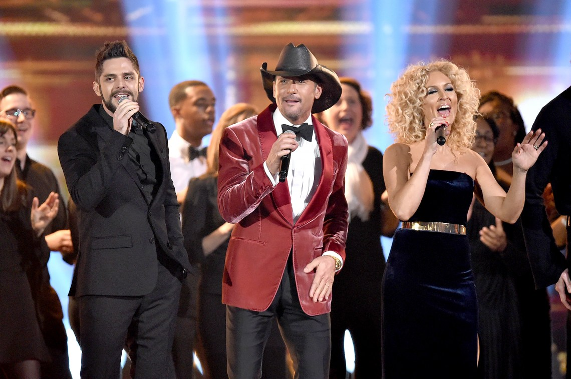 Thomas-Rhett,-Tim-McGraw-and-Kimberly-Schlapman-CMA-Awards-2017