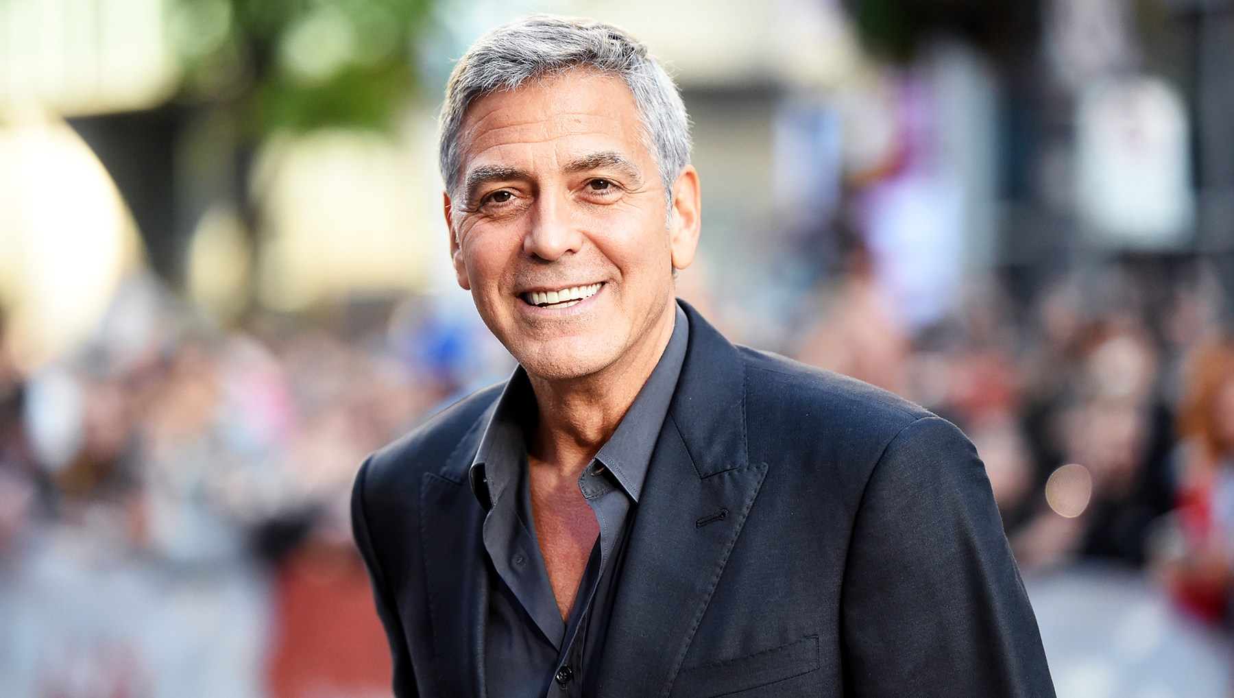 George Clooney Gifted Friends One Million Dollars
