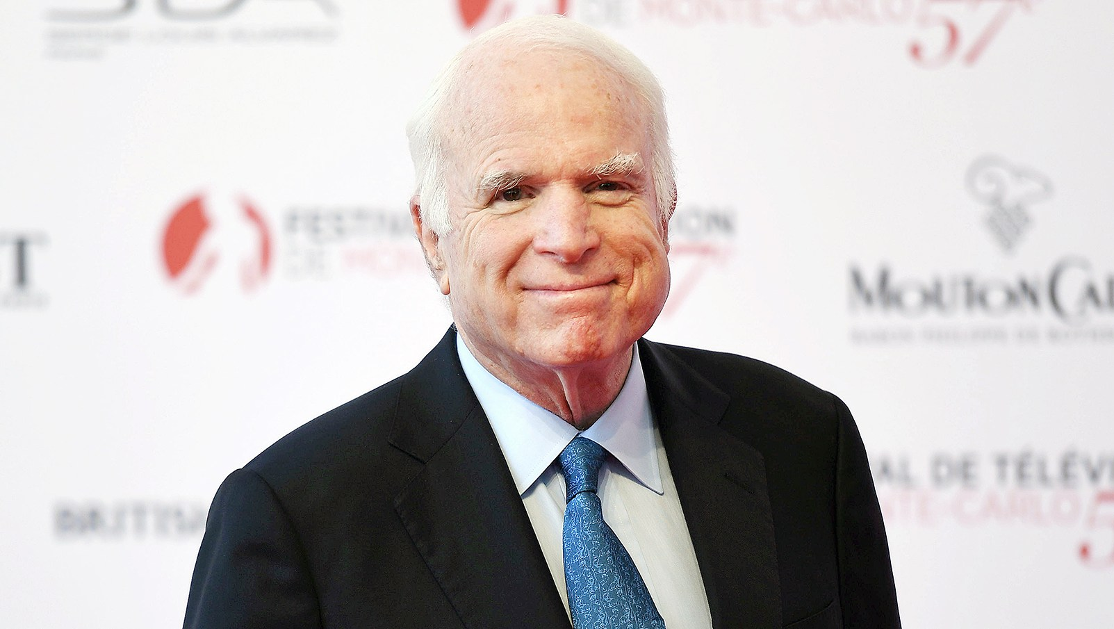 John McCain Hospitalized Due to Side Effects From Cancer Treatment