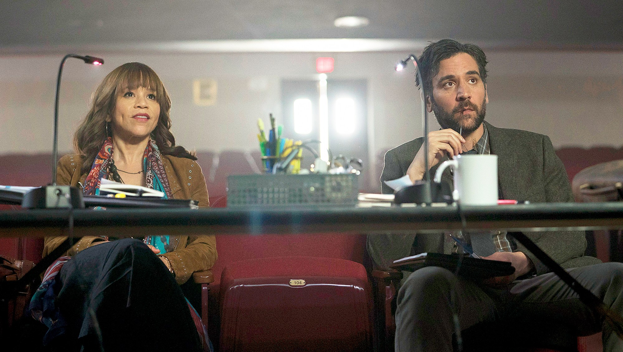 Rosie Perez as Tracey Wolfe and Josh Radnor as Lou Mazzuchelli on 'Rise'