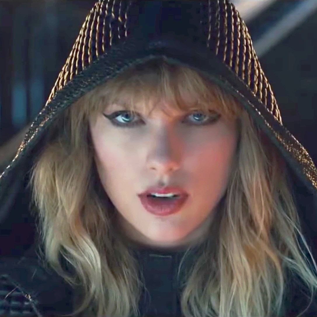 Taylor Swift in trailer for her Reputation stadium tour