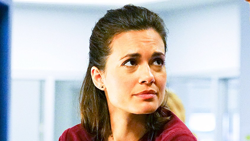 Torrey DeVitto as Natalie Manning and Nick Gehlfuss as Will Halstead on 'Chicago MED'