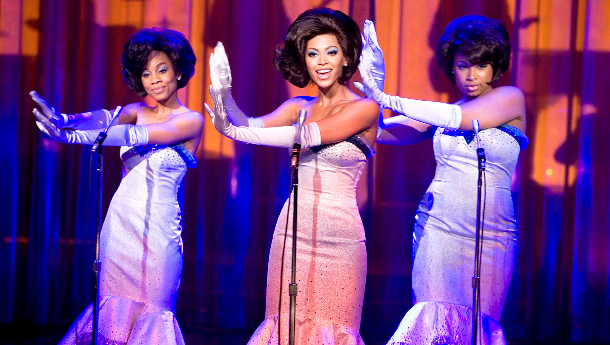 Anika Noni Rose as Lorrell, Beyonce as Deena and Jennifer Hudson as Effie in 'Dreamgirls'