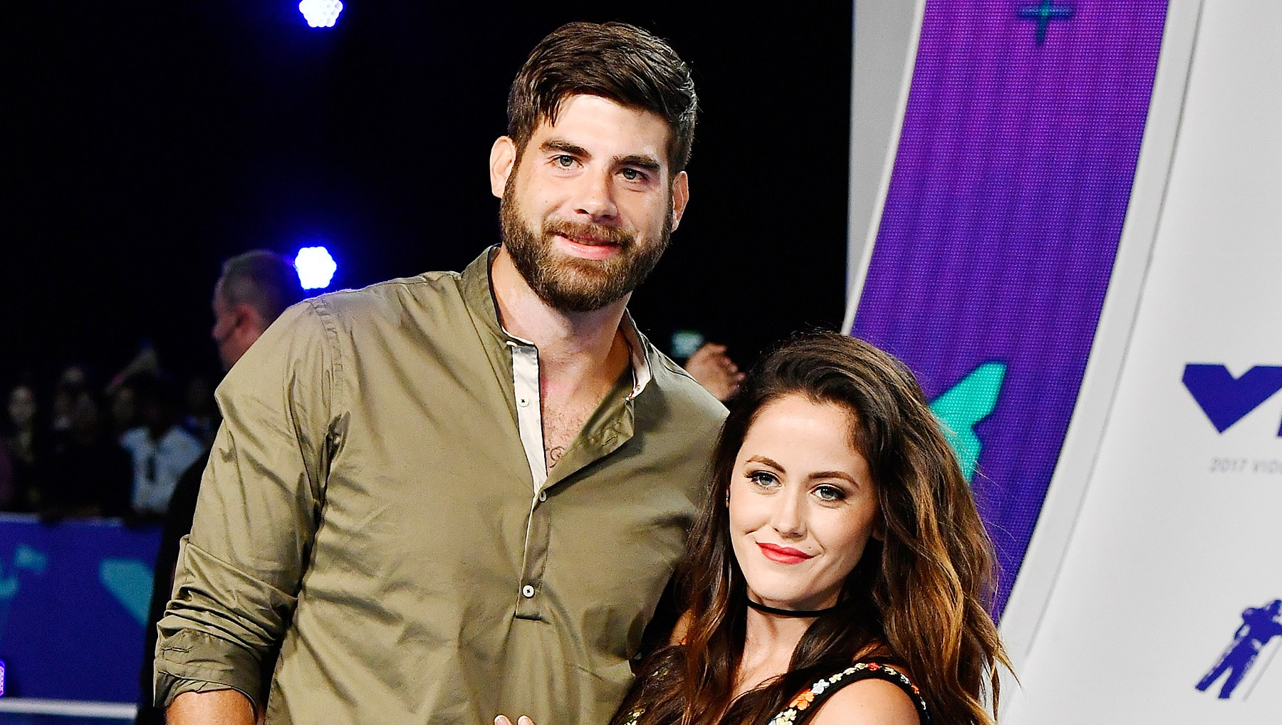 Jenelle Evans Defends David Eason After Homophobic Tweets