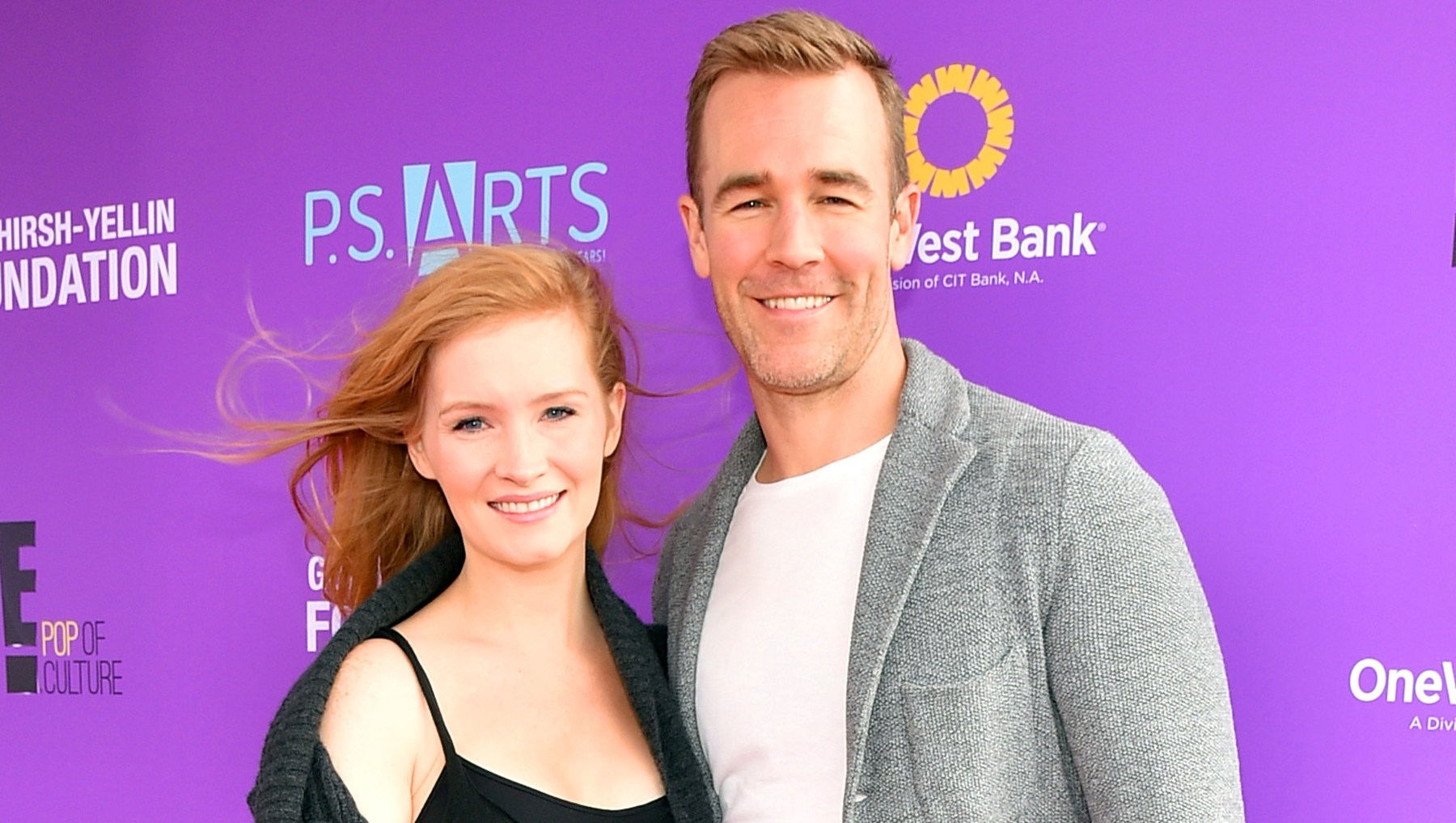 Kimberly Brook and actor James Van Der Beek pregnanat