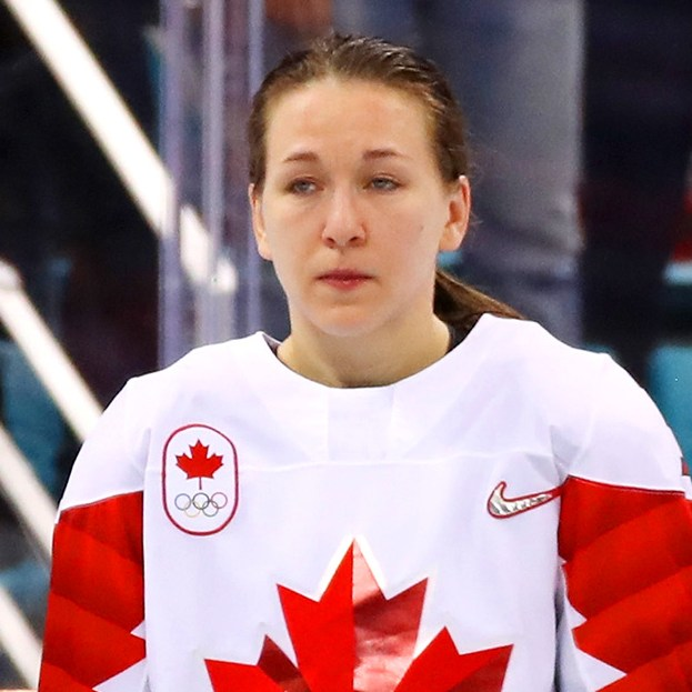 Jocelyne Larocque refuses to wear her silver medal