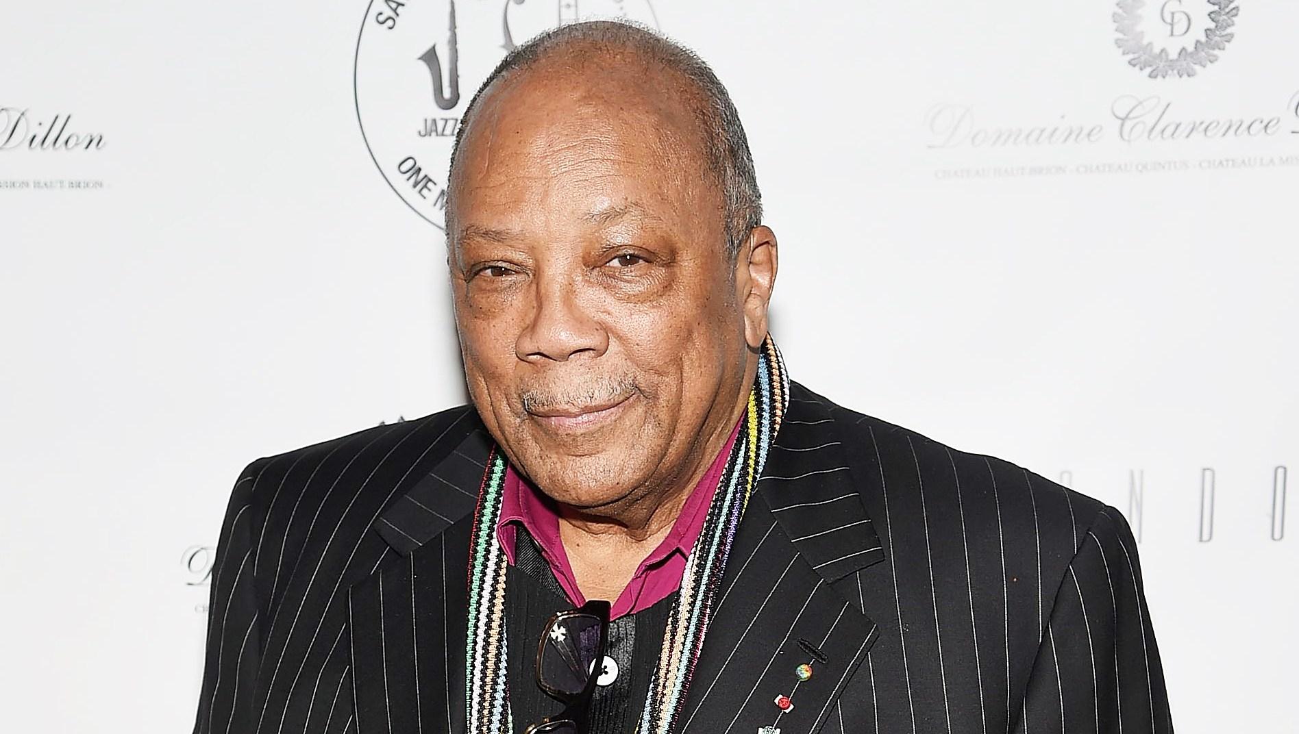 Quincy Jones Apologizes