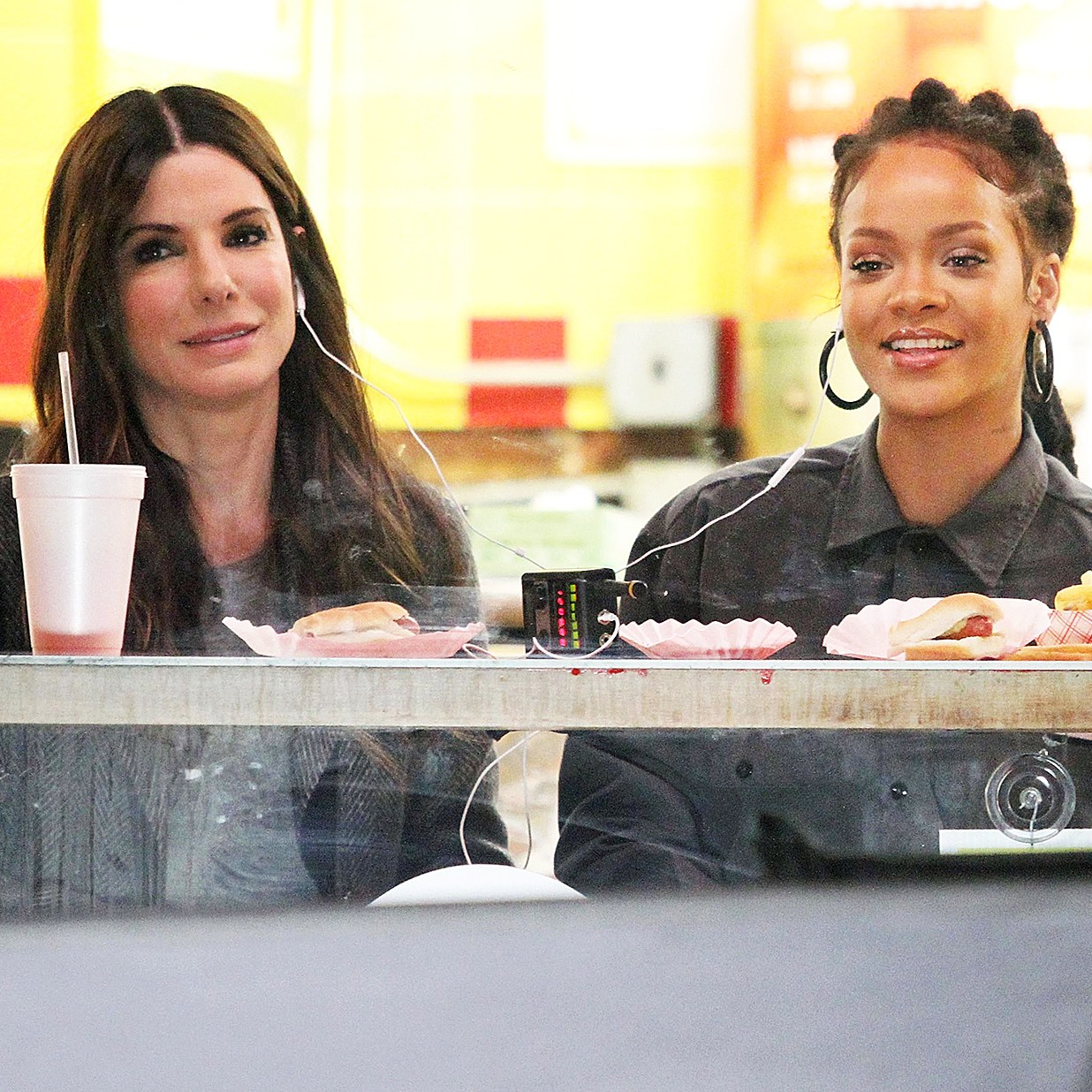 Fast Food Sandra Bullock Rihanna Papaya Dog