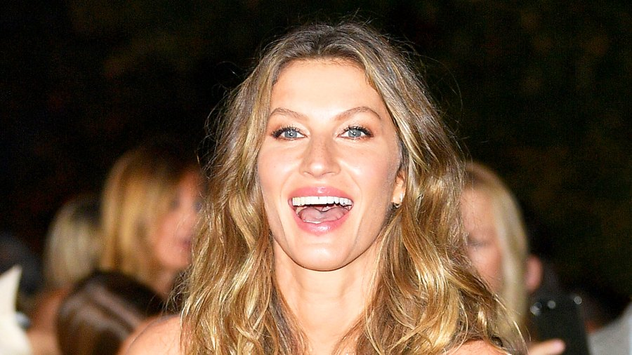 Gisele Bndchen attends the Green Carpet Fashion Awards Italia 2017 during Milan Fashion Week Spring/Summer 2018 in Milan, Italy.