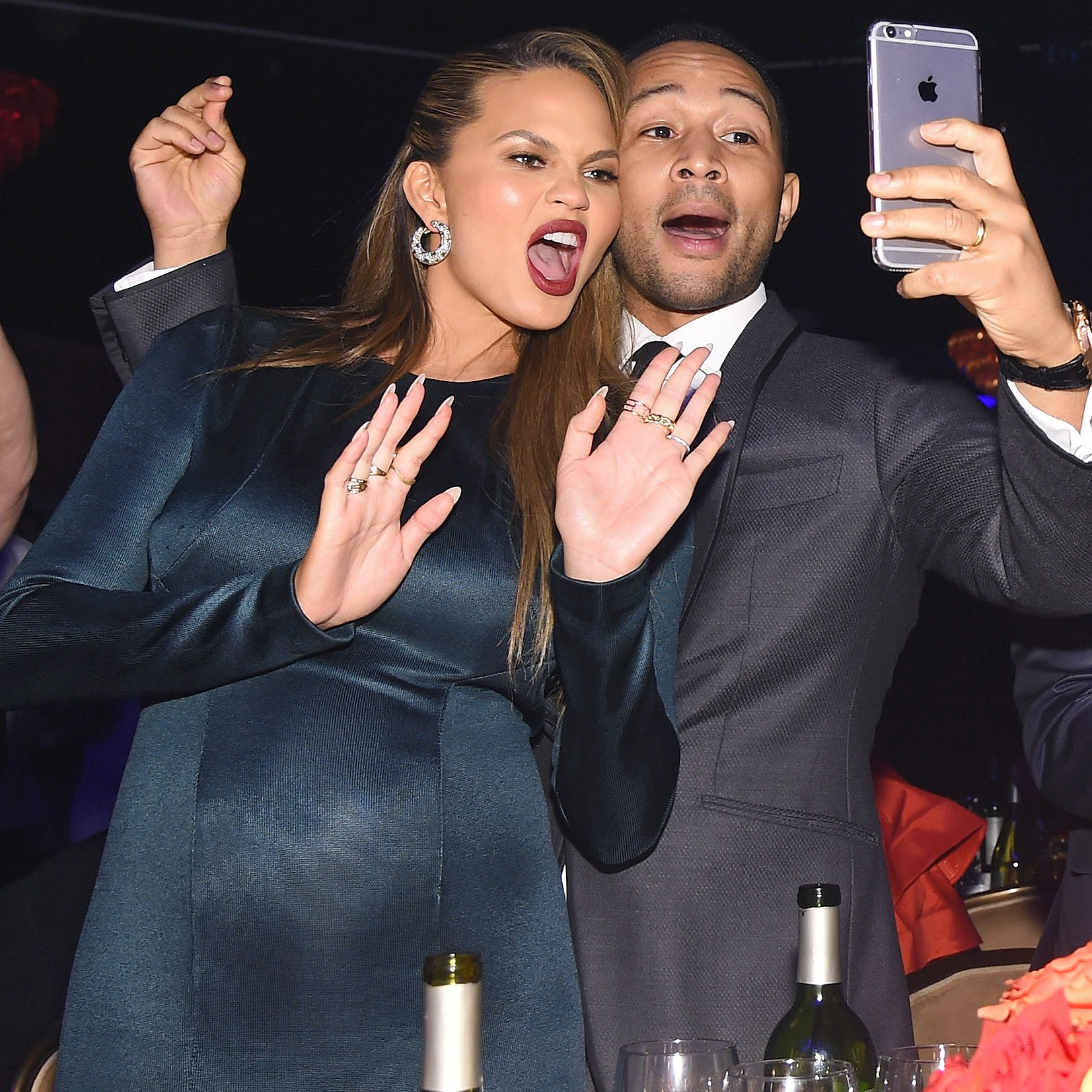 Chrissy Teigen, Snapchat, Phone, John Legend