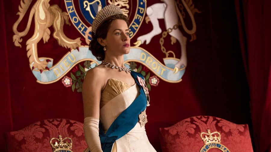 Claire Foy The Crown Netflix paid less Matt Smith