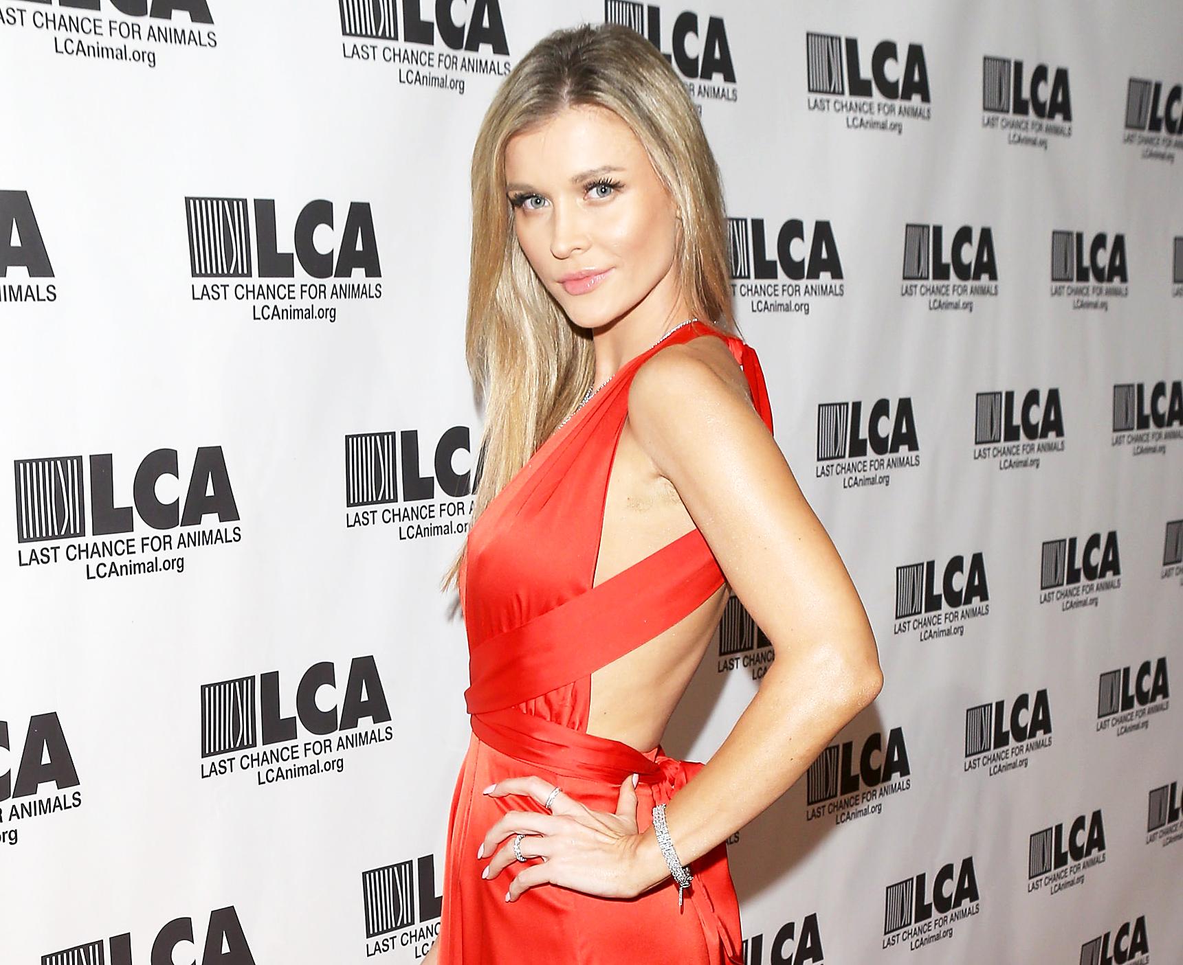 Joanna Krupa Engaged To Douglas Nunes; Is She Pregnant Too?