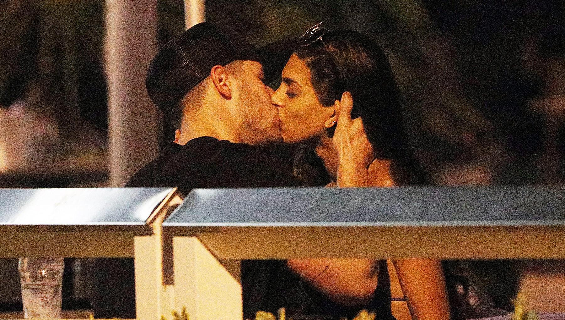 Nick Jonas Annalisa Azaredo Kissing