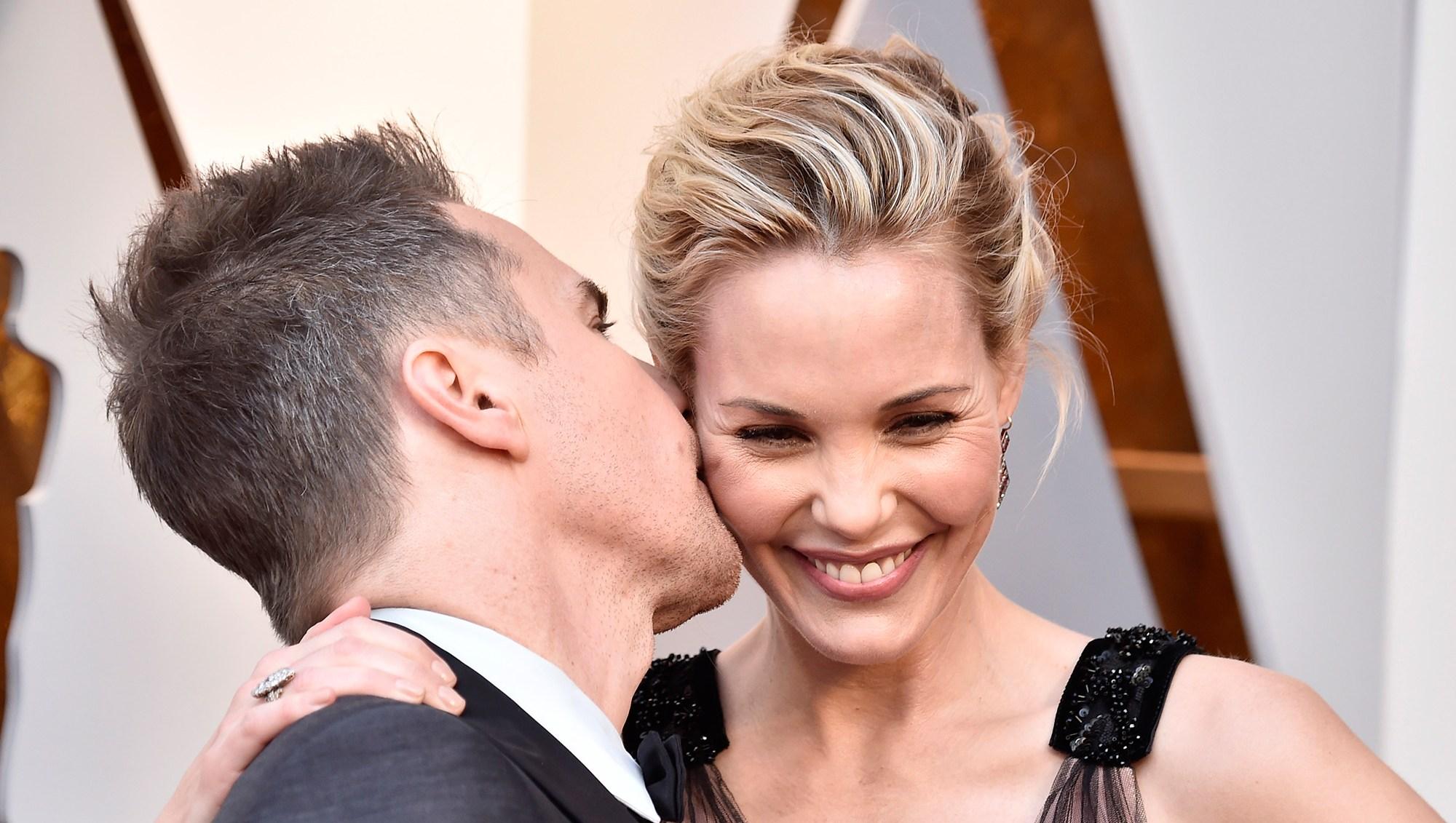 sam-rockwell-leslie-bibb celebrity pda Oscars 2018