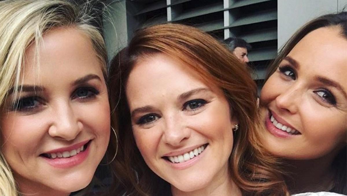 Sarah Drew and Jessica Capshaw leave grey's anatomy