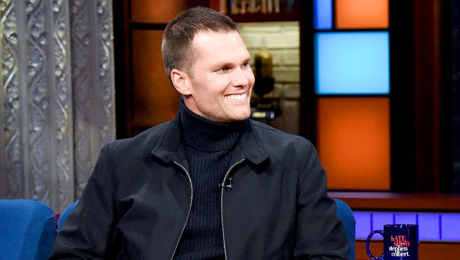 Tom-Brady-stawberry-colbert