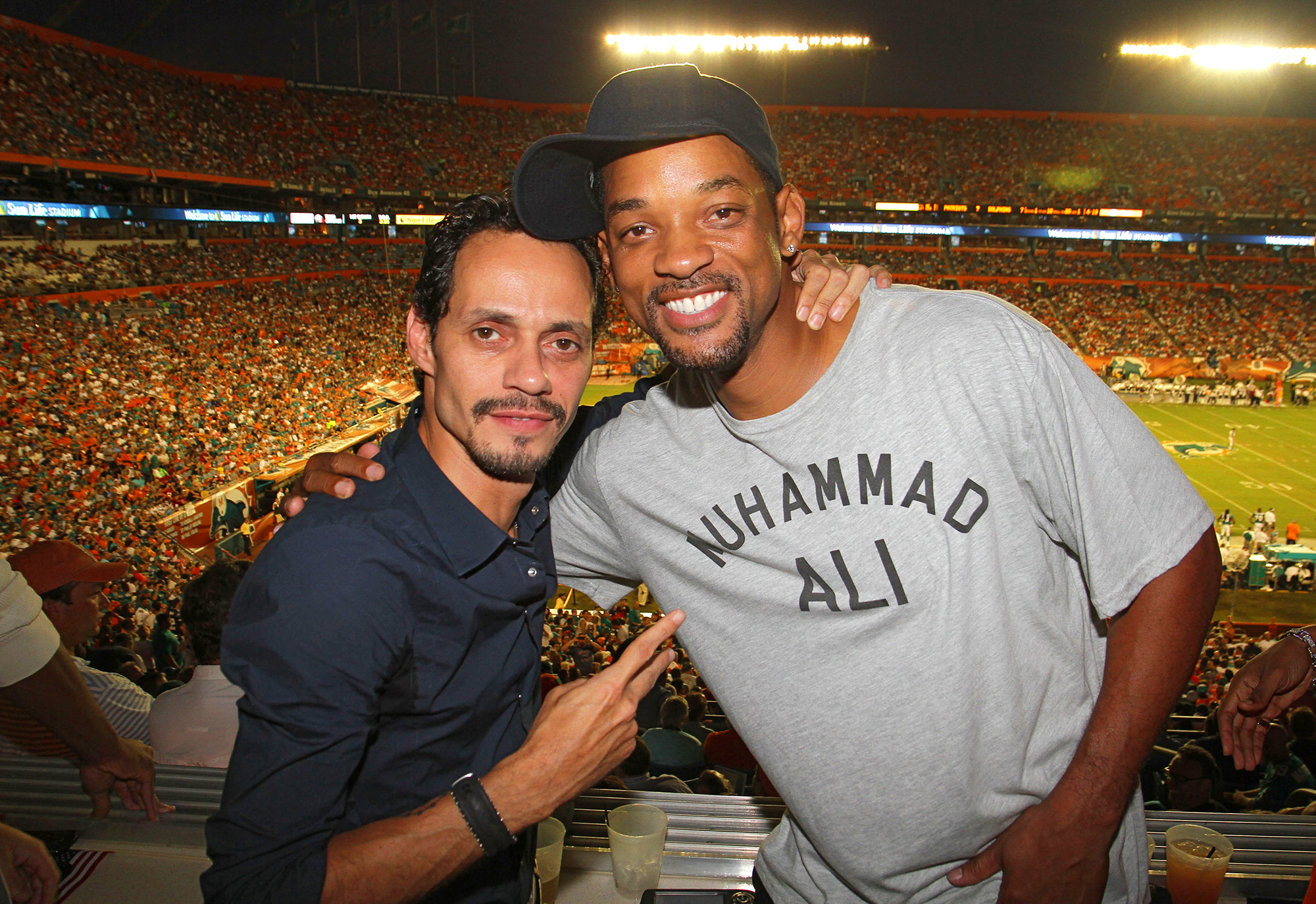 Will Smith taking salsa lessons from Marc Anthony
