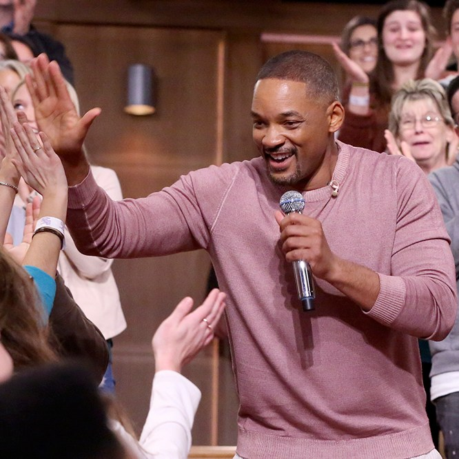 "Will Smith performs a ""Sitcom Remix"""