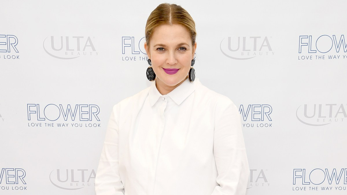 Drew Barrymore Is Glad Her Daughters Cover Their Faces With Lipstick
