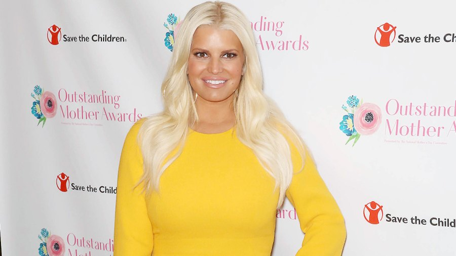 Jessica Simpson, Outstanding Mother Awards