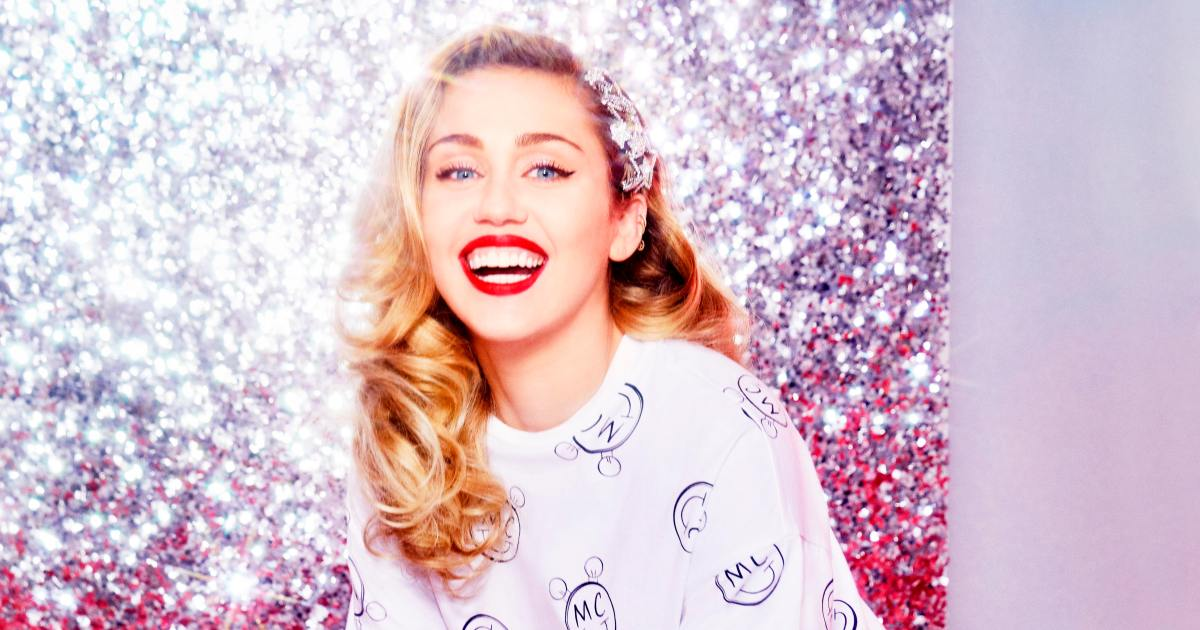 Converse x Miley Cyrus Unisex Sneakers e8a2ff74a