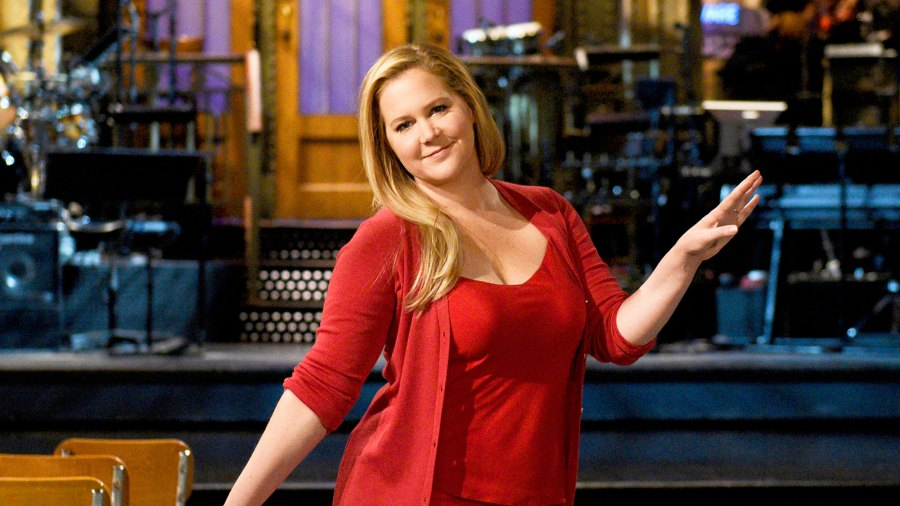Host 'SNL' host Amy Schumer