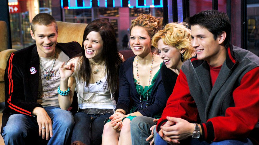 Chad Michael Murray, Sophia Bush, Bethany Joy Lenz, Hilarie Burton and James Lafferty of 'One Tree Hill' on MTV's TRL on January 25, 2005.