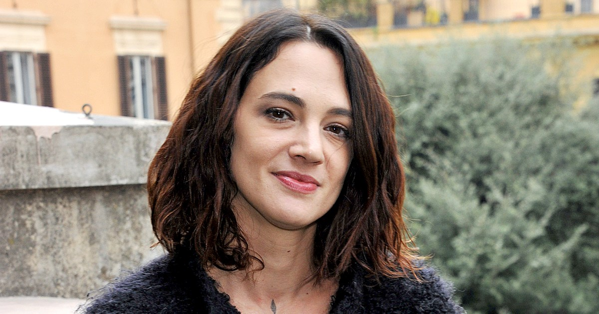 Asia Argento Bonds With Rose McGowan After Anthony ...