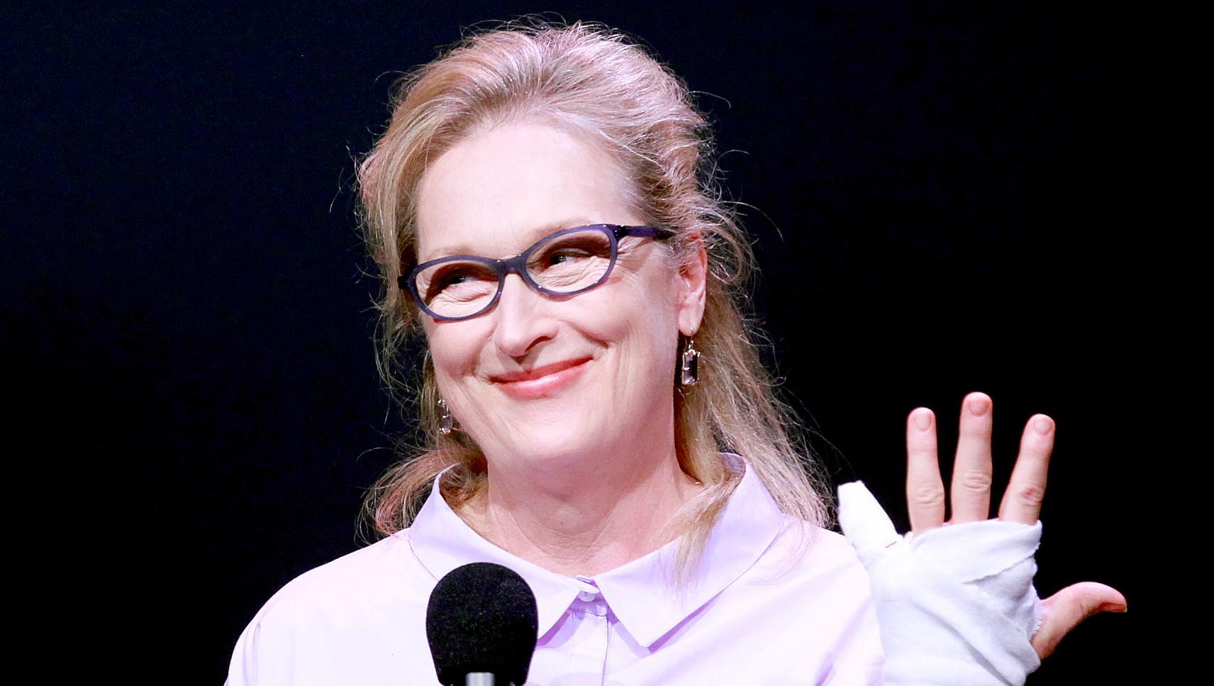 Meryl-Streep-avocado-injury