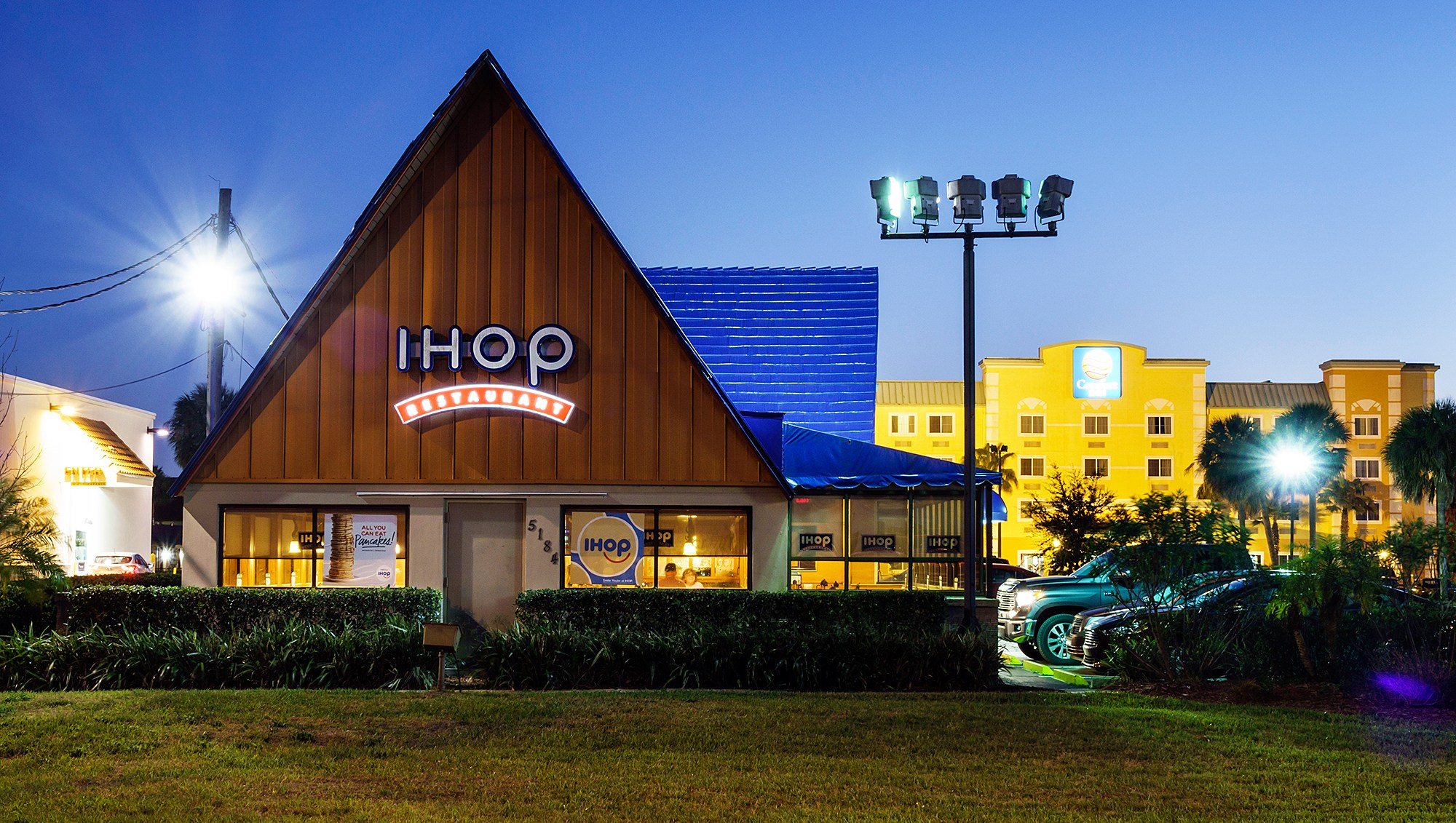 IHOP Changing Name IHOB