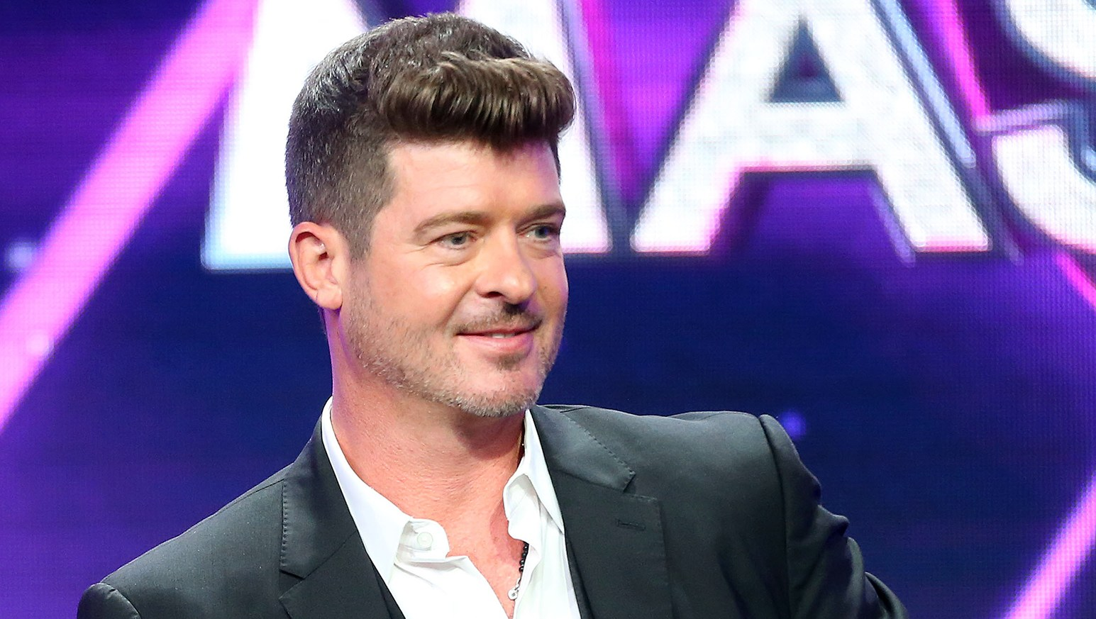Robin Thicke Sings Aretha Franklin With Son Julian — People Go Wild Over the 8-Year-Old's Incredible Voice!