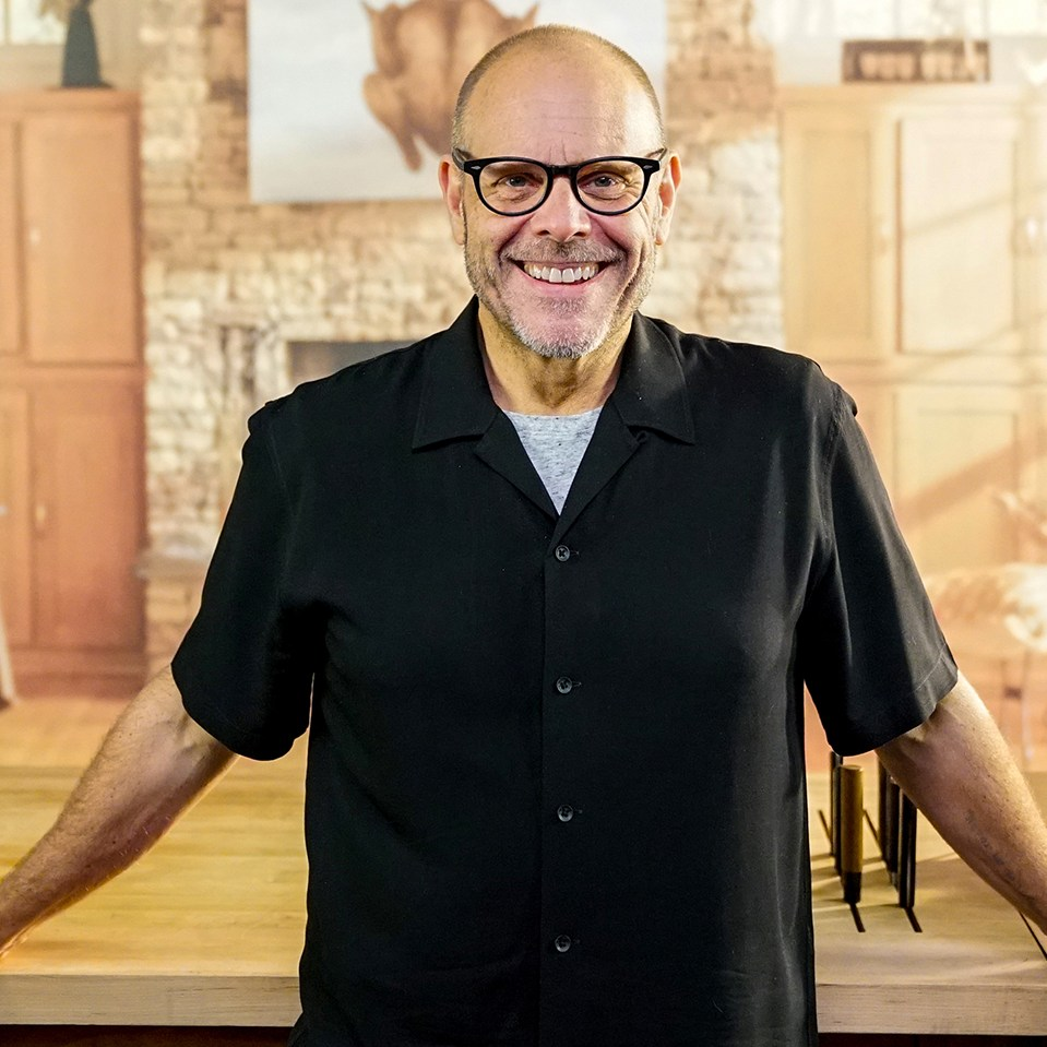 Alton Brown Says 'Good Eats Reloaded Will Be 'About 60 Percent New Material'