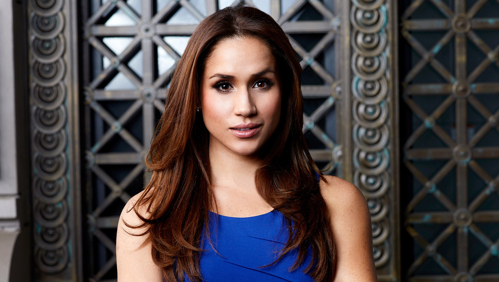 Meghan Markle Had an M15 Agent Follow Her Around 'Suits' Set