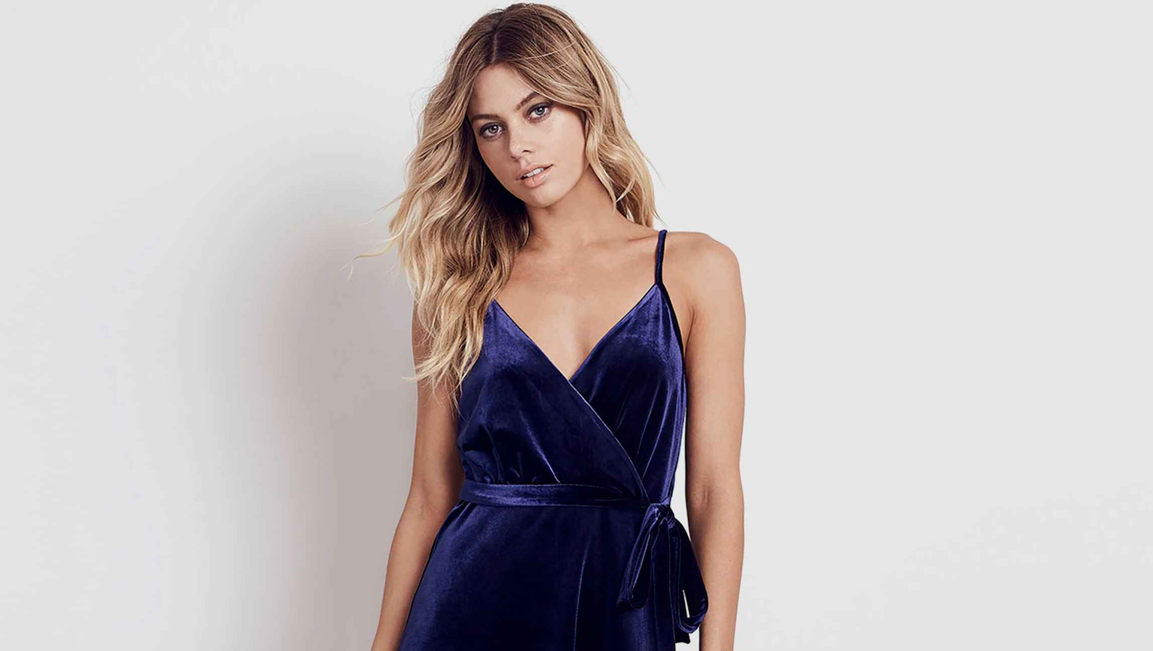 Velvet mididress