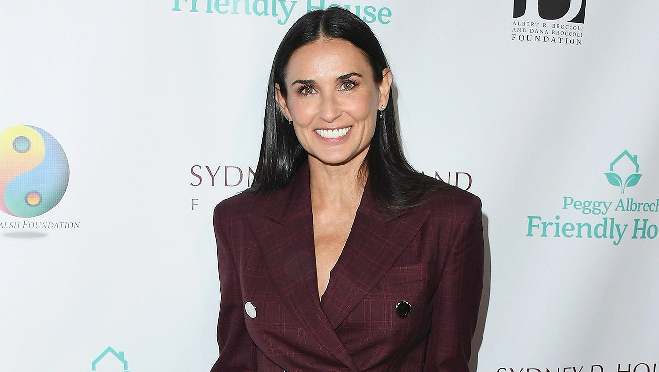 Demi Moore, Peggy Albrecht Friendly House