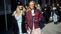 Street Style : Paris Fashion Week Womenswear Fall/Winter 2018/2019 : Day Three