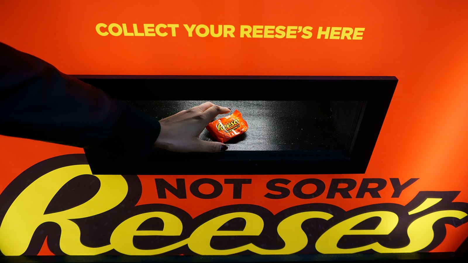 3e7a4c11ec744c Reese s Candy Exchange Vending Machine Is Here to Revolutionize Halloween  and Swap Unwanted Treats