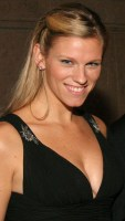 Lindsay Shookus, UsWeekly Celebrity Biography