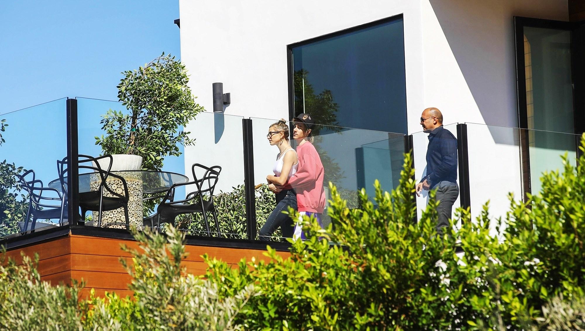 Justin Bieber Hailey Baldwin Demi Lovato House