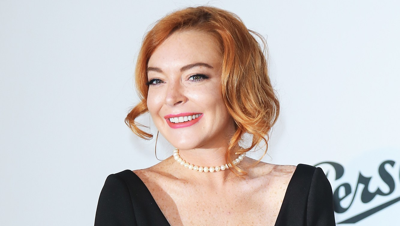 'Us Weekly's Hot Hollywood' Podcast: Inside Lindsay Lohan's Latest Bizarre Behavior and More