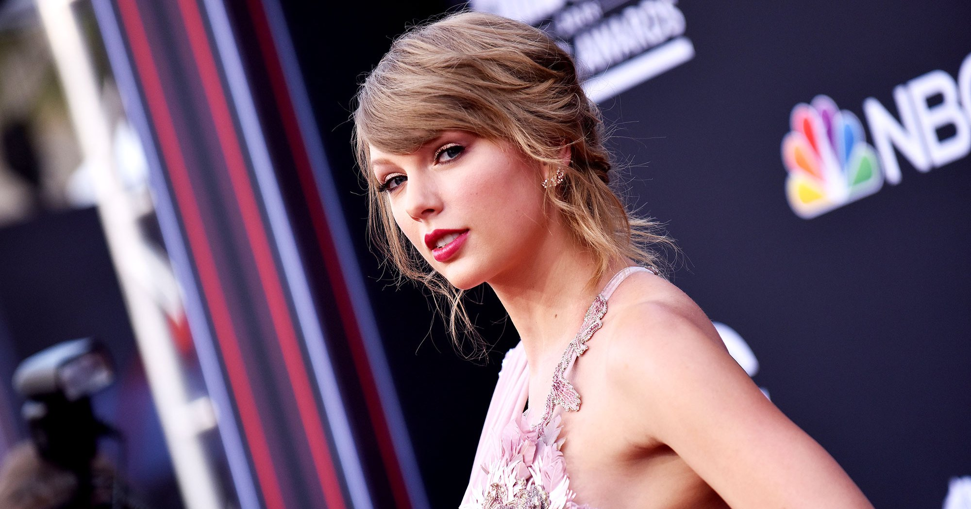 Taylor Swift Makes Rare Political Post — And Katy Perry Supports Her!