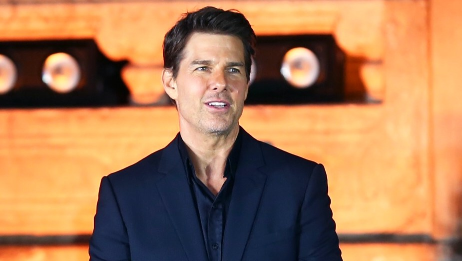 Tom Cruise Can See Suri 10 Days a Month — But Hasn't Seen Her in Years