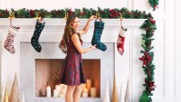 Vanessa Lachey Holiday Hostess Tips